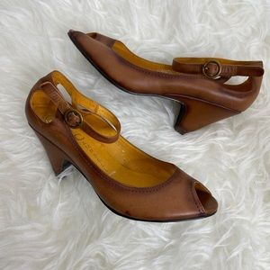 Jeffrey Campbell Open Toe Brown Leather Heels